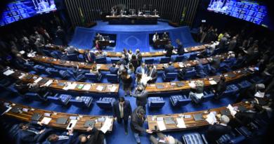 Senado aprova redução de prazos para revalidação de diplomas