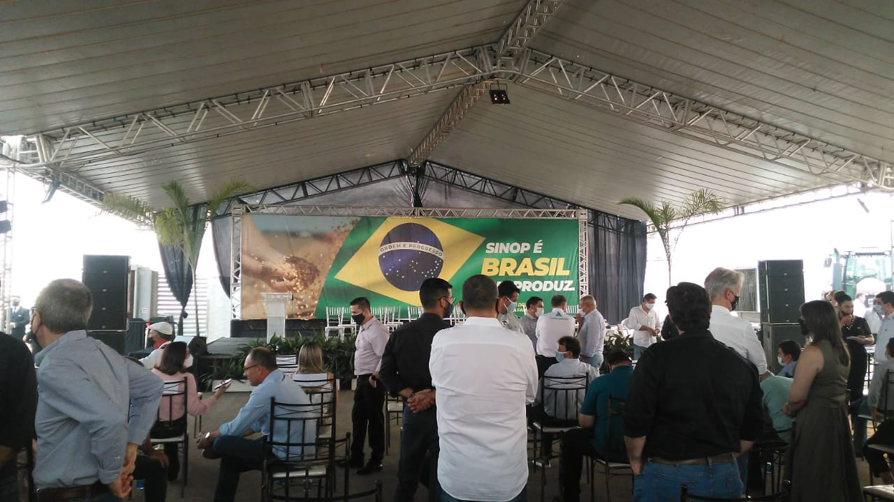 Presidente Jair Bolsonaro chega a Sinop