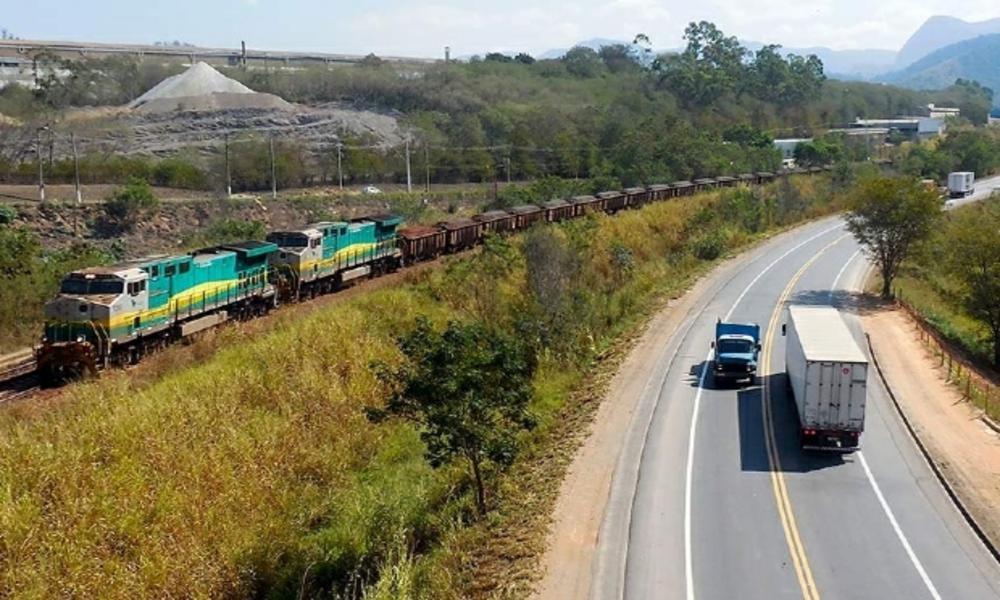 Impedimento de licenciamento ambiental pode atrasar construção de ferrovias e rodovias de MT