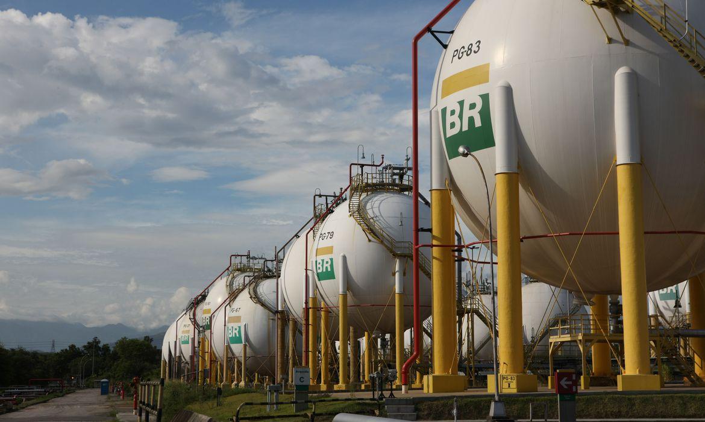 Governo federal autoriza Petrobras a importar gás da Bolívia