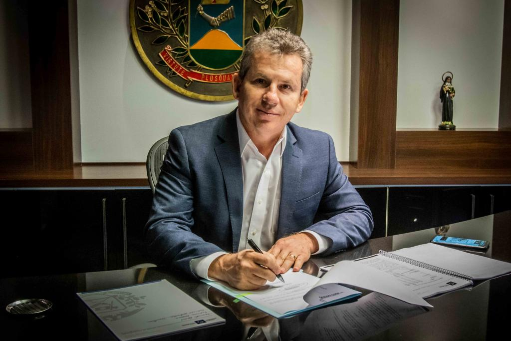 Governador divulga calendário de pagamento de salário e 13º aos servidores
