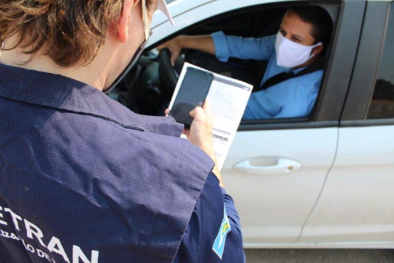 Governador e presidente do Detran prorrogam prazo para licenciamento de veículos em MT
