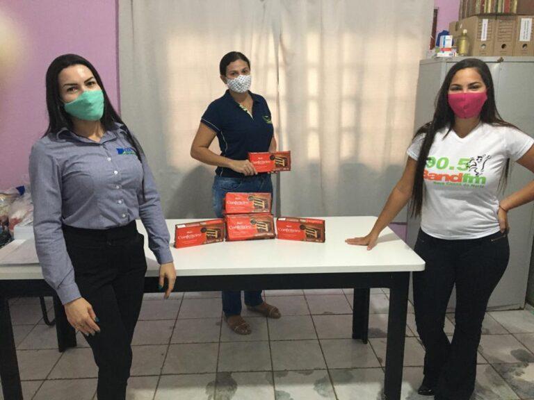 Lions Clube de Nova Canaã (MT) faz doação de quase 16 kg de chocolate para Assistência Social e CRAS