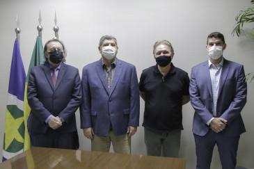 Conselheiros Novelli e Antonio Joaquim são reintegrados ao TCE-MT