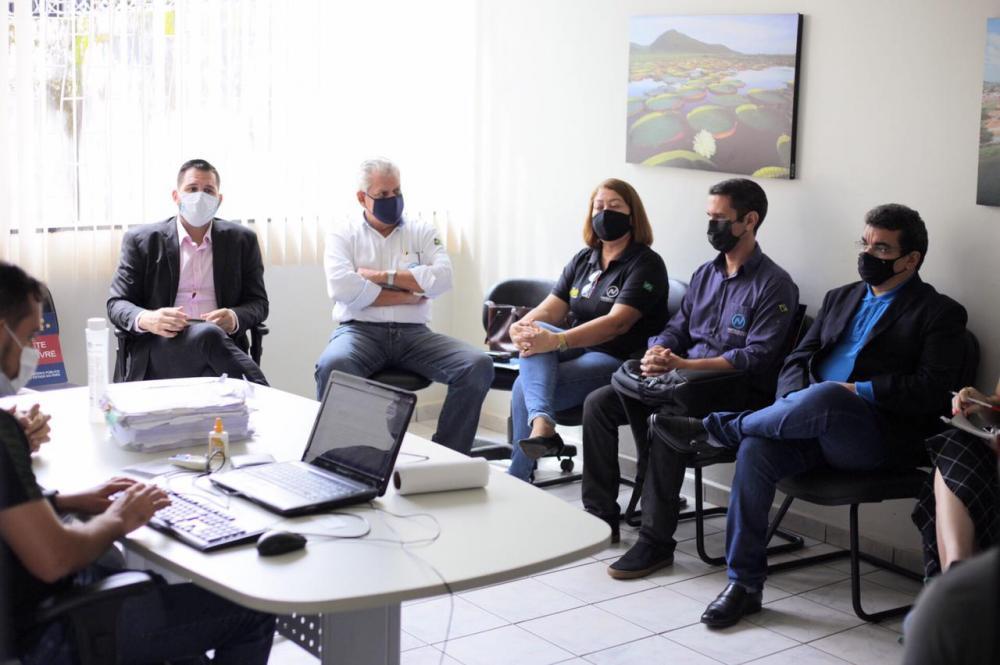 Reunião no Ministério Público trata sobre a construção do Hospital Materno Infantil em Altamira