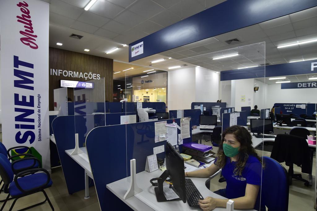 Sine de MT disponibiliza quase mil vagas de emprego nesta semana; confira