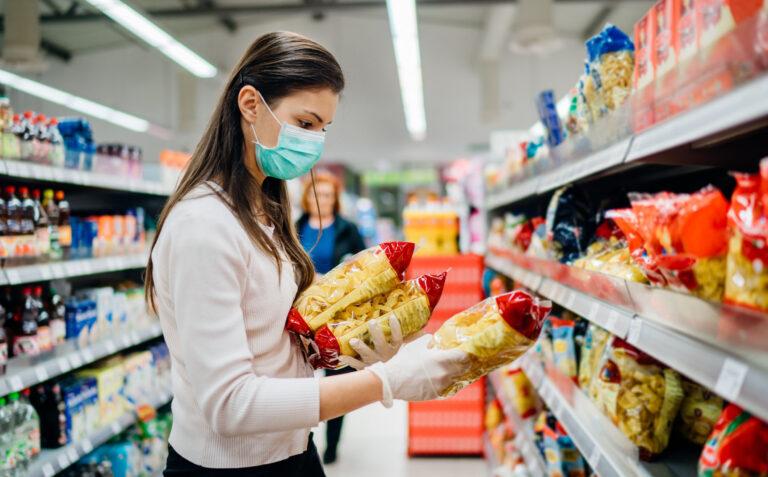 Governo de Mato Grosso estende horários para supermercados e restaurantes