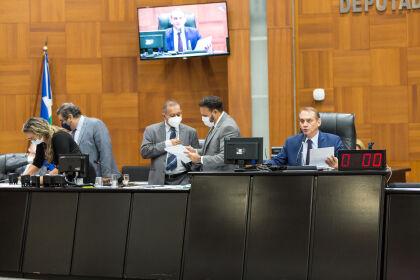 AL convida governador e prefeito para expor ações de combate à Covid-19