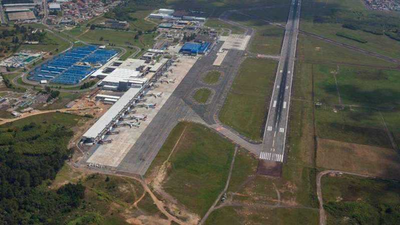 Governo arrecada R$ 3,3 bilhões com leilão de 22 aeroportos
