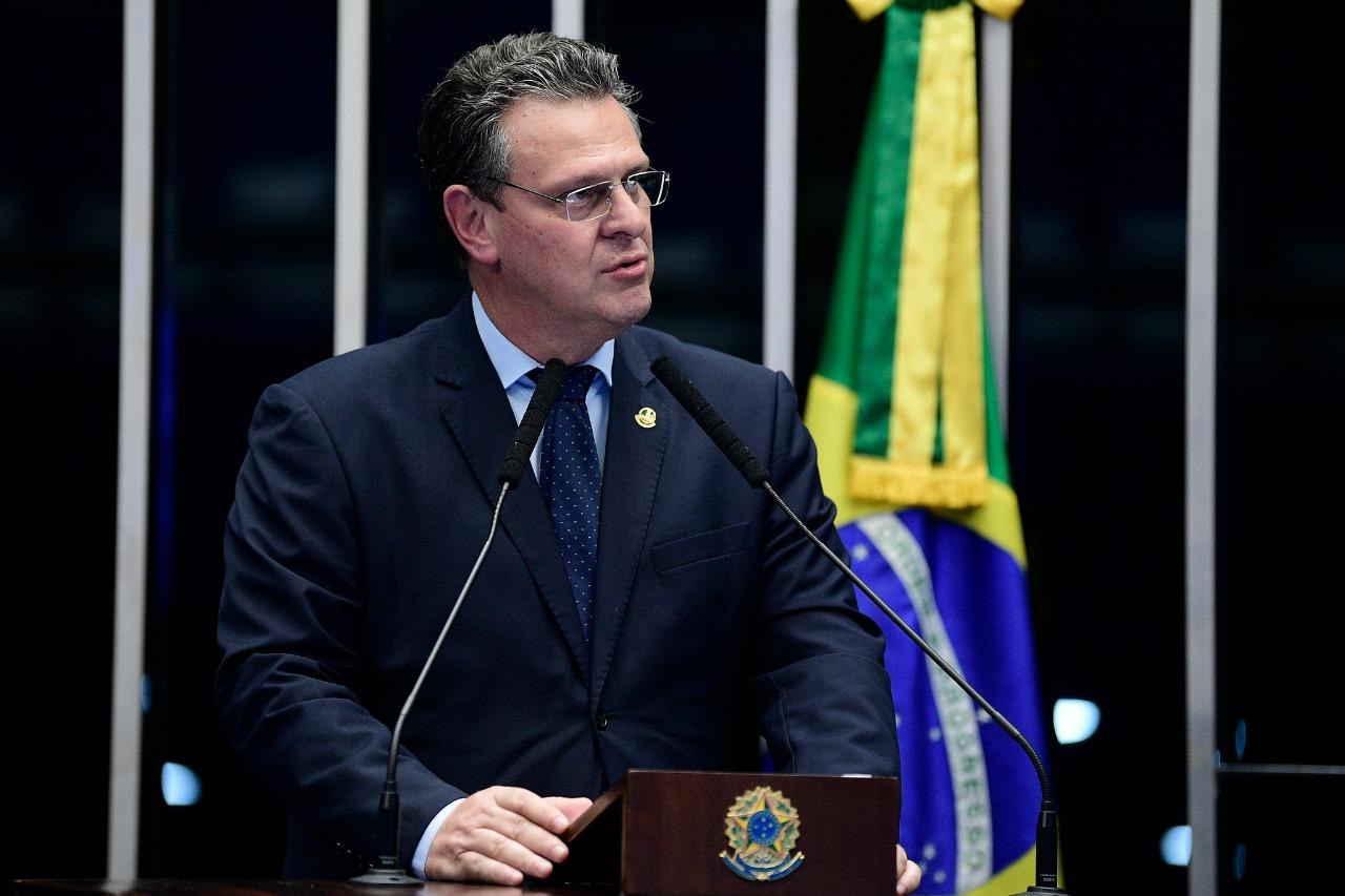 Fávaro assina requerimento por CPI ampla para apurar irregularidades na pandemia