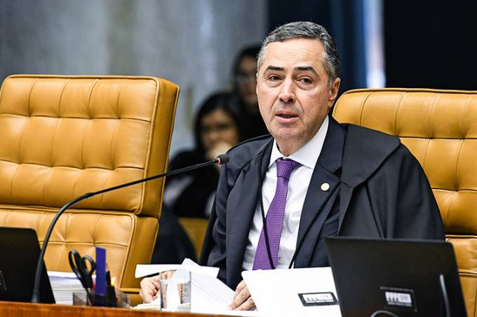 STF confirma liminar de Barroso que determinou criação da CPI da Covid-19