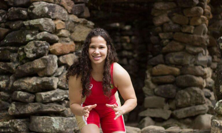 Wrestling: Laís Nunes leva medalha de ouro em torneio na Bulgária