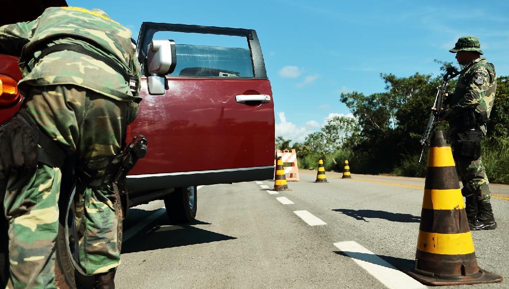 Gefron registra aumento e recupera em média um carro por dia na fronteira