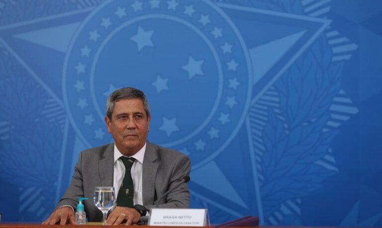 Orçamento atende a metade das necessidades da Defesa, diz ministro