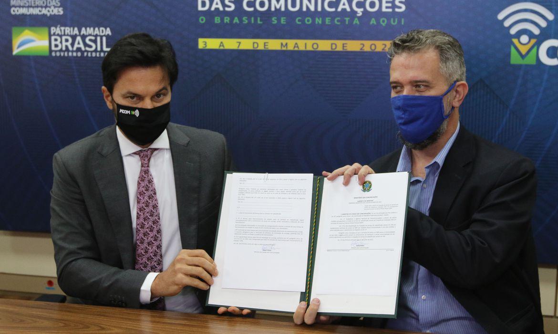 Ministério das Comunicações anuncia portarias que beneficiam radiodifusão brasileira