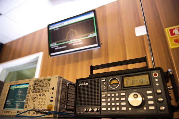 EBC inaugura banda estendida FM e estreia programação em 5 capitais
