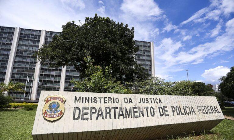 Operação Le Mans: PF investiga contrabando de brasileiros ao exterior