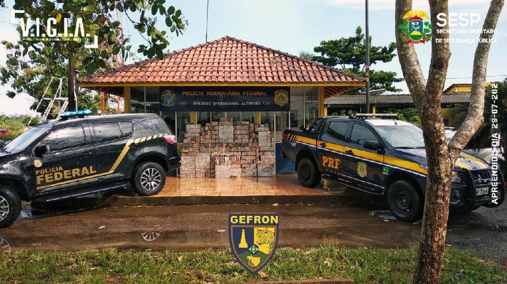Ação conjunta resulta na apreensão de 870 kg de cocaína e prisão de suspeito