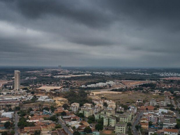 Nova frente fria pode voltar a derrubar os termômetros abaixo dos 10ºC em Cuiabá (MT)
