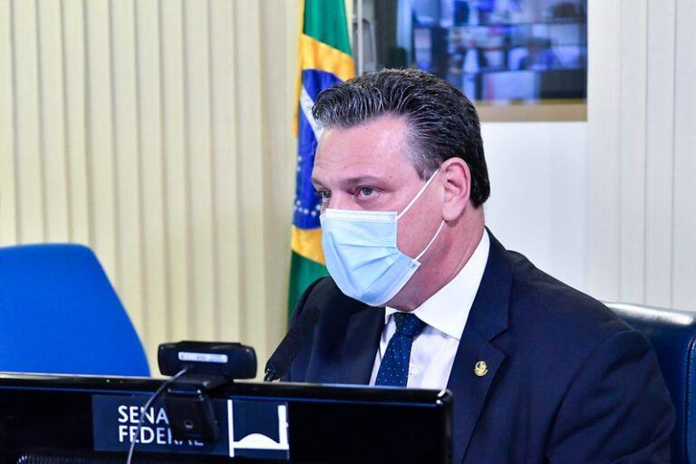 Fávaro pede que projeto que autoriza aviação agrícola contra incêndios seja votado na Câmara