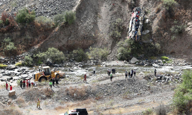 Acidente no Peru deixa pelo menos 33 mortos e 20 feridos