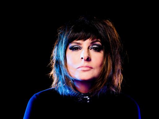Fernanda Abreu comemora 30 anos de carreira com álbum de remixes