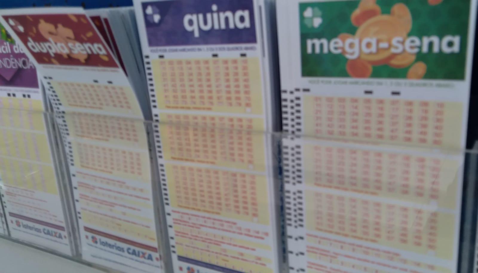 Ninguém acerta a Mega-Sena e prêmio acumula em R$ 45 milhões