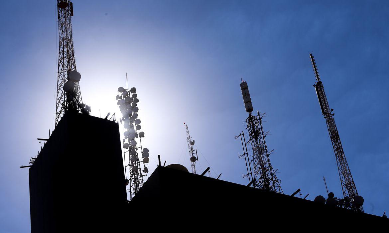 Decreto regulamenta parcelamento de outorgas de radiodifusão