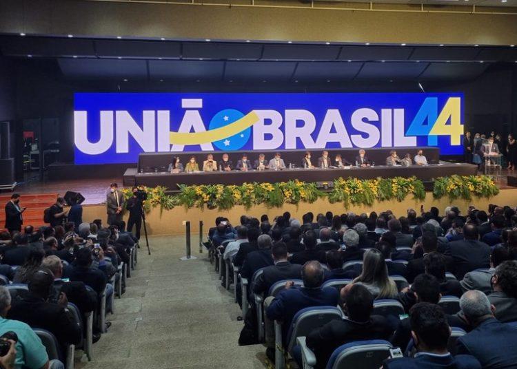 DEM e PSL confirmam fusão e criação do União Brasil