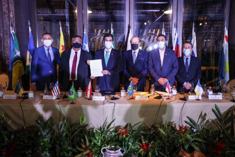 MT assina compromisso por bioeconomia em Fórum dos Governadores da Amazônia Legal