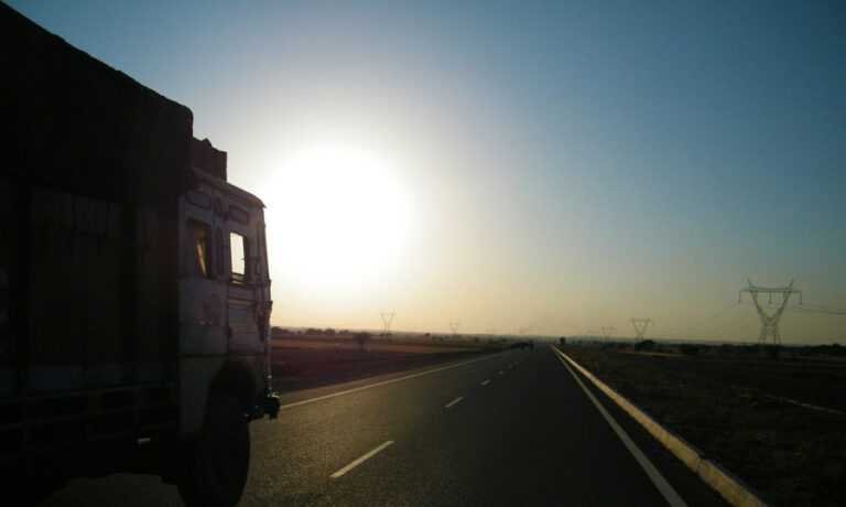 Lei que amplia tolerância para pesagem de caminhões é publicada