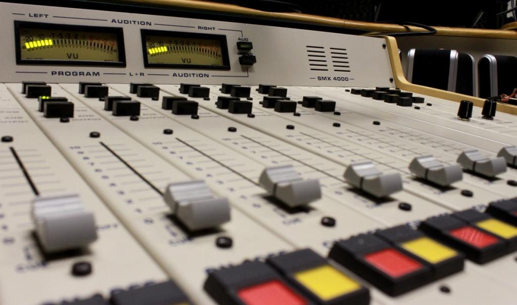 Câmara aprova licença temporária para rádio comunitária na pandemia